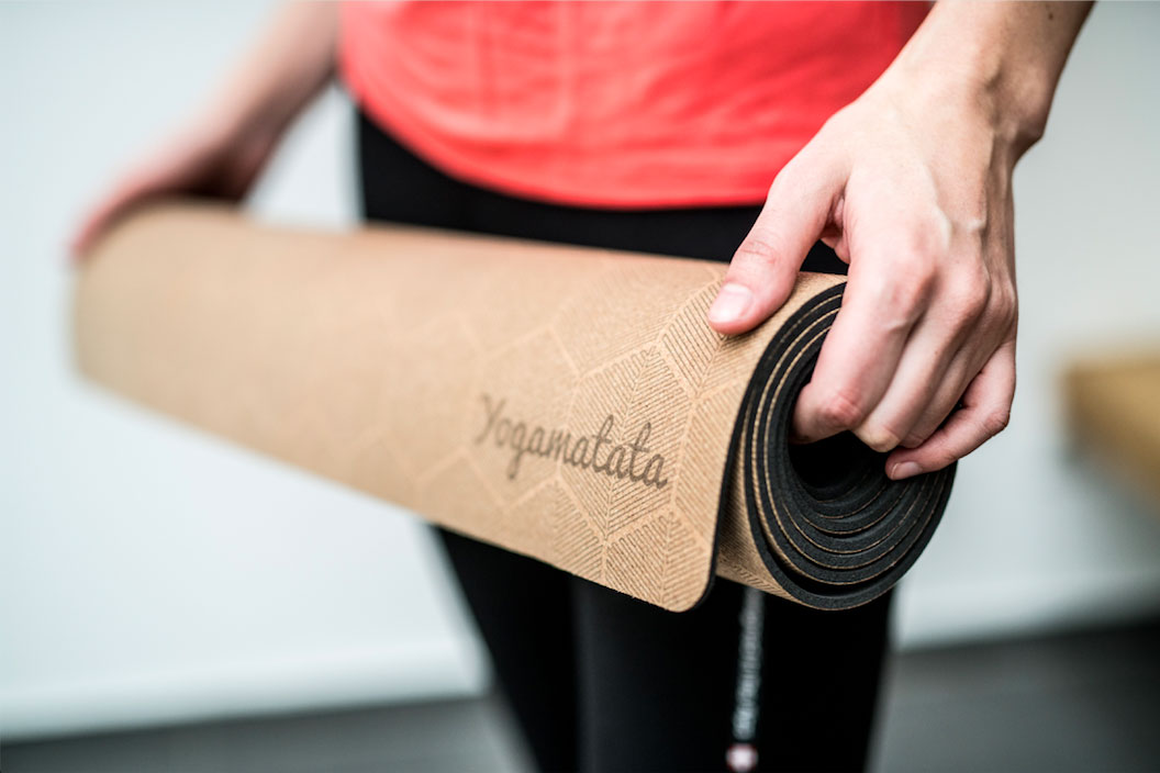 How-to-Choose-Yoga-Mat-for-Travel